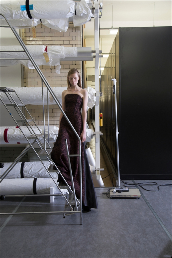 Christa-Holka-ERDEM-PFALL-2Dec13-0173